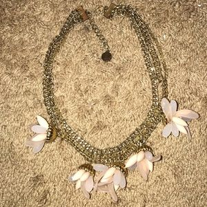 Flower accent necklace